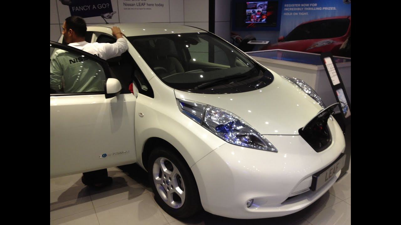 white nissan leaf youtube. Black Bedroom Furniture Sets. Home Design Ideas