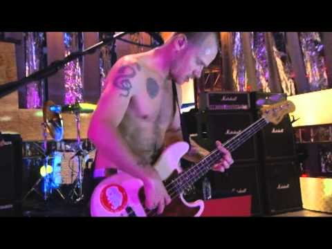 Red Hot Chili Peppers - Scar Tissue - Live at Fuse Studios