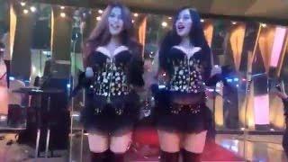 Duo Serigala - Aku Mah Apa Atuh [LIVE OffAir HOT Terbaru - Goyang Drible Baju Kedodoran]
