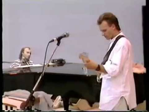 Phil Collins & Sting - Long Long Way To Go (Live Aid 1985)