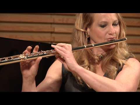 Amy Porter performs Passacaille by Rhené- Baton