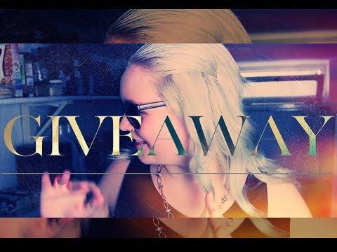 GIVEAWAY: Boohoo, MAC & Kardashian Beauty