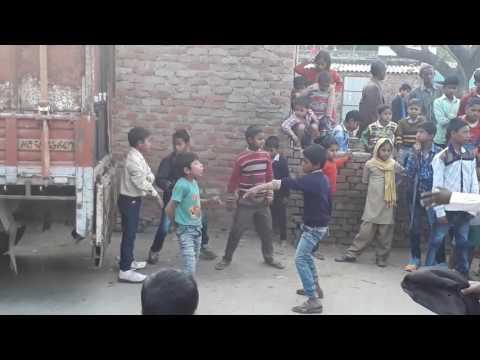 Gaon ka dance