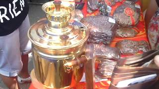 Сегодня керчане могли купить легендарные «Тульские пряники» и самовары(На набережной Керчи производители товаров из города-побратима Тулы представили керчанам свою продукцию...., 2014-07-12T18:05:12.000Z)