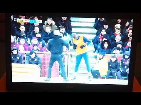 Pep Guardiola angry at Eliaquim Mangala for wearing a Santa hat