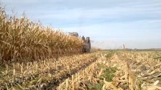 "видео Комбайн самоходный кукурузоуборочный КСКУ-6 ""Херсонець-200""- сайт сельхозтехника хозяину"