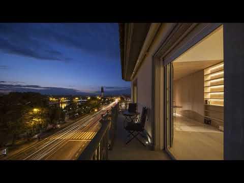 Night On The Terrace 249