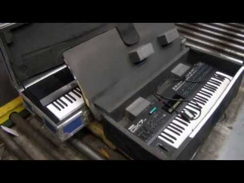 2 Musical Keyboards on GovLiquidation.com