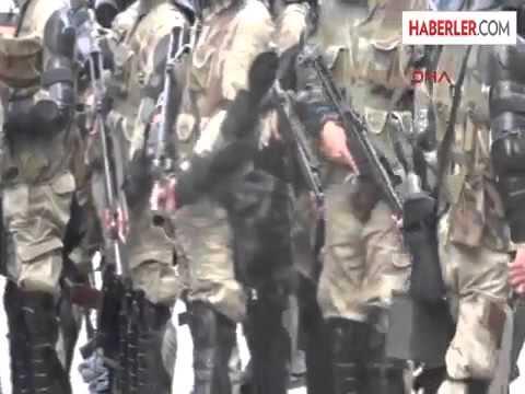 Doğubayazıttaki Olaylarda Polis Yetersiz Kaldı