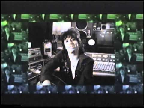 Richie Scarlet - Interviewed by Taffy Rosen (Tokyo, 2008).flv