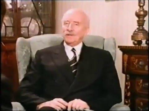 Sir Adrian Boult explains his conducting technique (video)