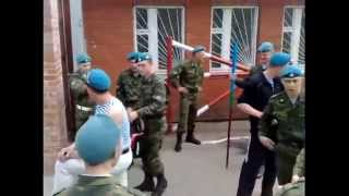 ПРИКОЛЫ В РОССИЙСКОЙ АРМИИ !Чем занимаются солдаты в армии! TRICKS IN the RUSSIAN ARMY!   YouTube