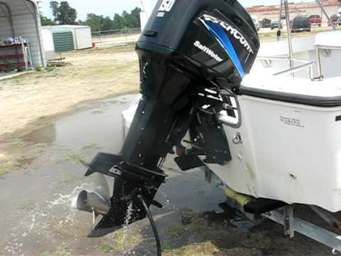 1999 Boston Whaler 17 Outrage with 2004 Mercury 150