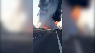 Incidente sull'A1, in fiamme un'autocisterna: le immagini riprese da un testimone