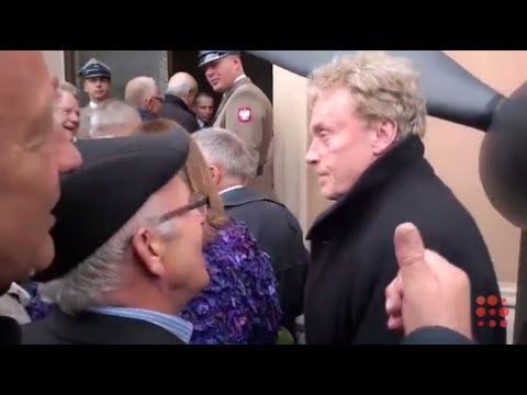 Olbrychski na pogrzebie gen. Jaruzelskiego. Śmieją się z niego!
