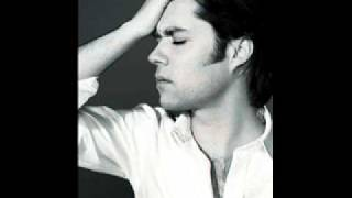 Watch Rufus Wainwright Pretty Things video