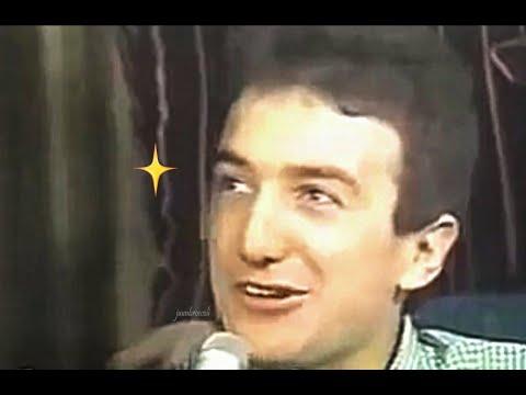 """My name is John Richard Deacon I was born on August 19th, 1951."" (compilation) / 존디콘 자기소개 모음"