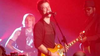 """Jonny Lang, Tommy Sims, & Phil Keaggy - """"When Love Comes to Town"""""""