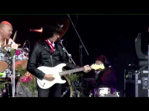 Jeff Beck - Little Wing 6-12-2011