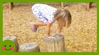 FUN AND FAILS - Bebés traviesos en problemas #3 ★ Video gracioso #WOAbaby
