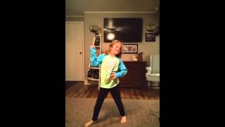 5 year old Taelor dances to confident
