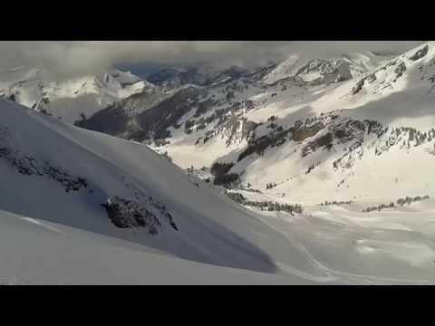 Hors piste pointe de Vourlaz Avoriaz avec un ski guide