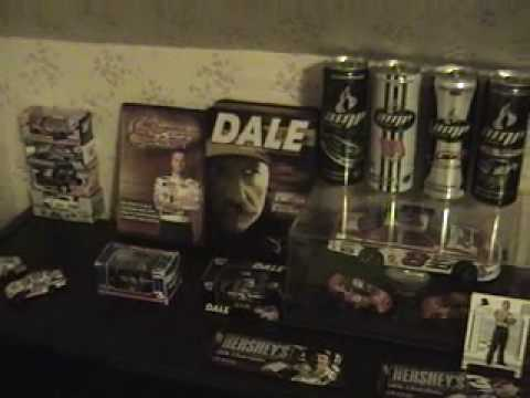 Download My nascar Diecast And Memerobilia collection