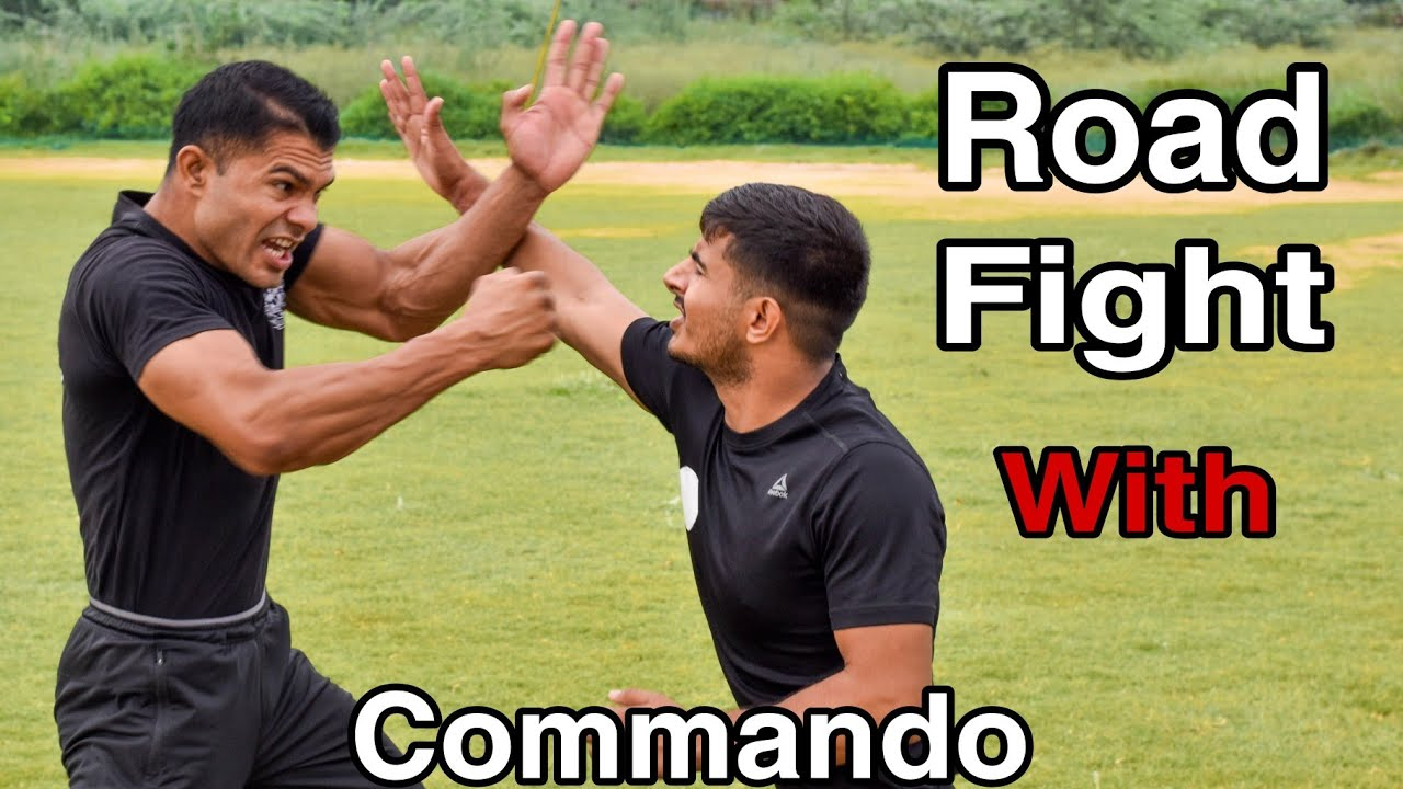 Road Fight With Commando || Slap Defence