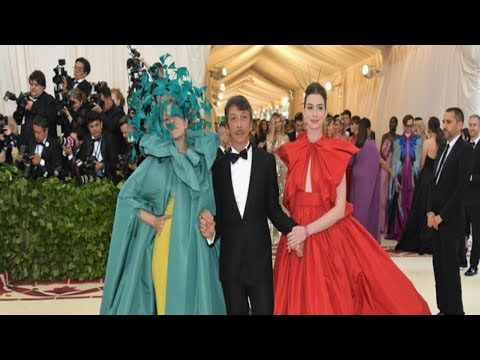 Francis MCdormand, Anne Hathaway & Sarah Paulson Met Gala 2018 Interview With Edward Barsamian