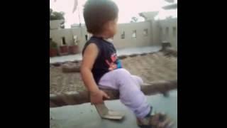 कभी देखा है इतना टैलेंटिड बच्चा - ये विडियो जरूर देखे