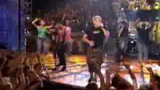 Simple Plan - God Must Hate Me (Live in pepsi smash)