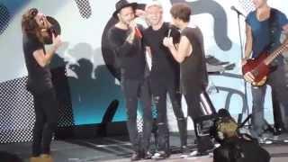 singing Happy Birthday to Niall 2015 (Foxboro, MA)