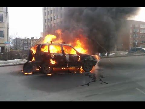 russian car crash compilation march 2016 19 03 youtube. Black Bedroom Furniture Sets. Home Design Ideas