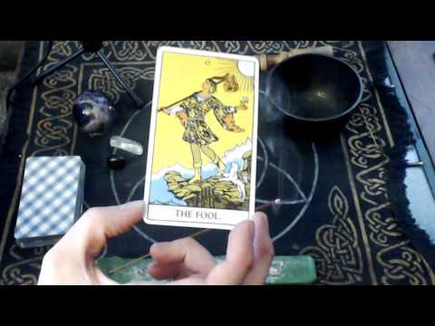 Tarot Card Meaning -  0 The Fool