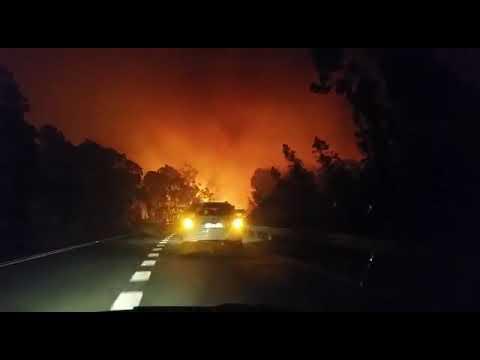 Arde Galicia! El fuego toma la carretera de Salceda de Caselas pontevedra