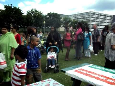 ASAPEM serves free food to over 400 people in Parc...