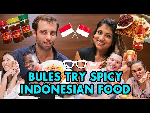 #IndoBuleTrials - Spiciest Indonesian Food (MIE ABANG ADEK!)