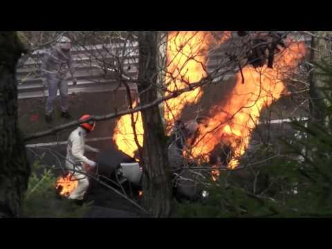 RUSH 2013: Niki Lauda's crash rescue at Nürburgring, behind the scenes. streaming vf