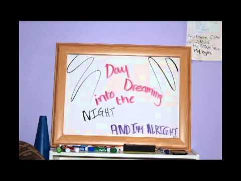 Daydreaming- Paramore Lyric Video