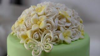 Blumen-Topper aus Blütenpaste | festliche Tortendeko