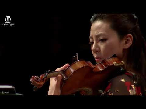 Clara-Jumi Kang & Sejong Soloist: Piazzolla, Four Seasons of Buenos Aires (Moscow Recording)