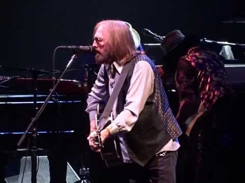 Tom Petty And The Heartbreakers - Learning To Fly - TD Garden, Boston 7-21-2017