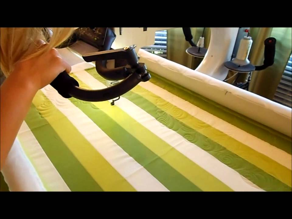 Free motion quilting feather swirl tutorial youtube.