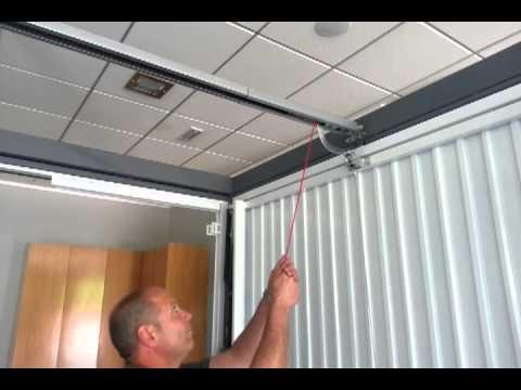 Desbloqueo de motor de techo en puerta seccional o - Motor puerta basculante garaje ...