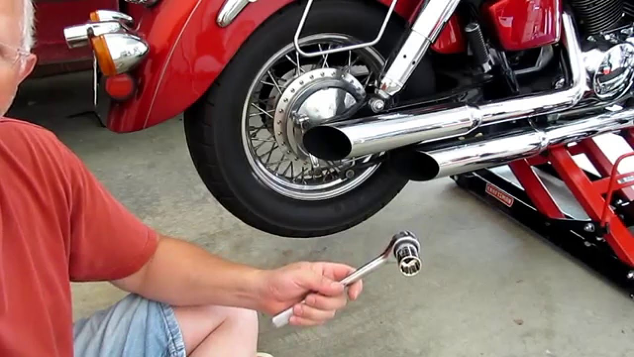 small resolution of honda shadow vt750 ace remove and replace rear wheel chain drive youtube