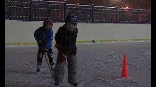 ДЮСШ. Секция по хоккею для самых маленьких