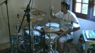 First Date (Blink 182) performed by Xavbarker