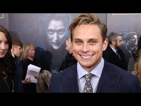 Download Youtube: James Corden, Billy Magnussen, and More at the Into The Woods World Premiere