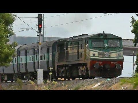 Intercity Express enters Madurai from Tirunelveli (WDP2 - 15524)