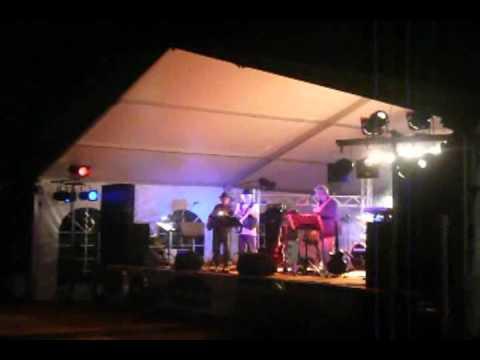 GLI URAGANI Live @ Zelarino (VE) pt 1.avi
